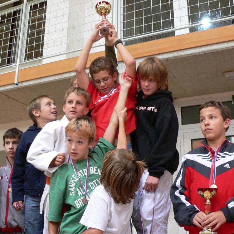 Otroški šport – kateri,  kdaj, koliko..